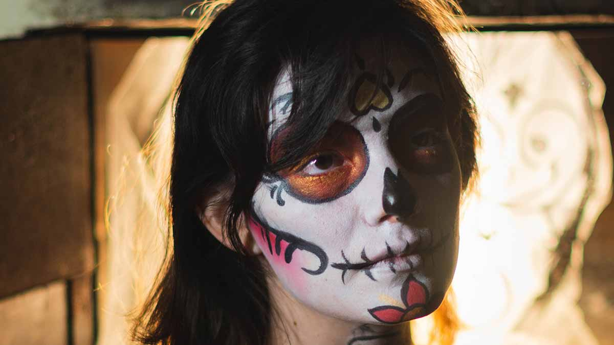 cleaning halloween makeup and greasepaint - halloween cleaning guide