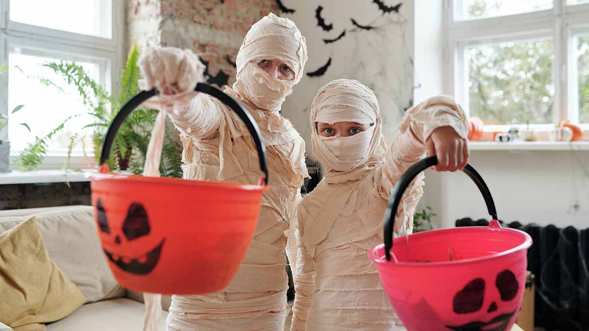 how to wash your halloween costumes
